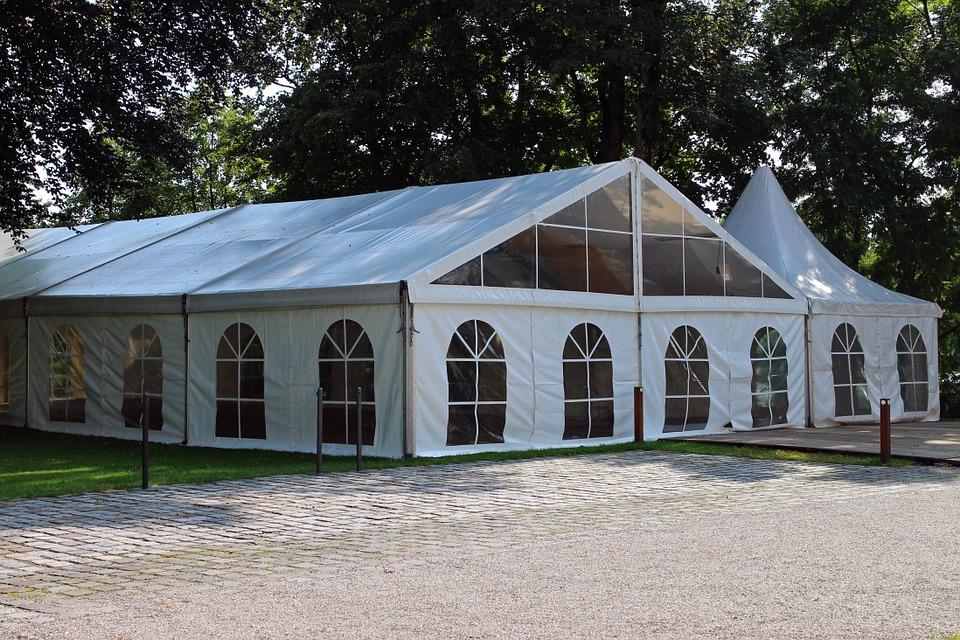 Op zoek naar een betaalbare tent voor jouw evenement?